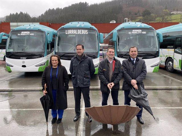 Presentación de nuevas unidades de Lurraldebus.