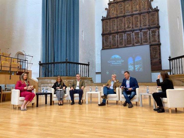 Raquel Morales participa en un panel del Congreso Internacional de Turismo Interior de Úbeda (Jaén)