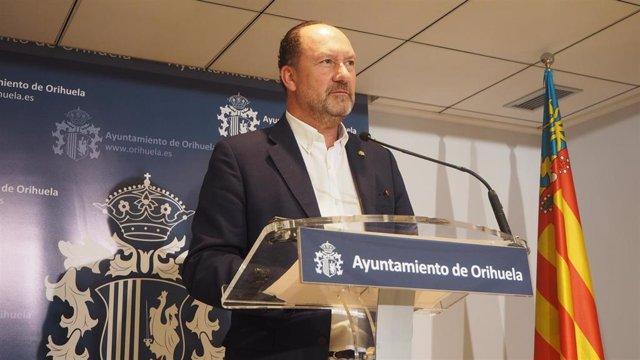 El alcalde de Orihuela, Emilio Bascuñana, imagen de archivo.