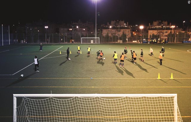 Fútbol.- Un hombre se enfrenta a una multa de 360 euros por insultar a un period