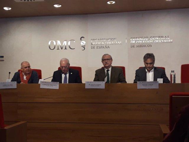 Reunión del Foro Profesional, compuesto por médicos y enfermeros, para pedir reunirse con el ministro de Sanidad, Salvador Illa.