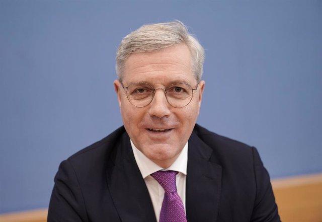 Norbert Roettgen anuncia su candidatura a liderar la CDU