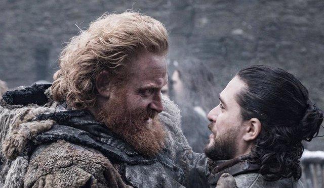 Jon Snow y Tormund en Juego de tronos