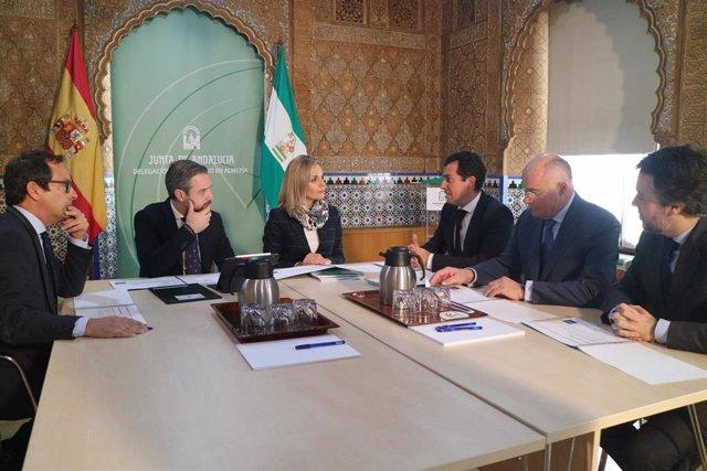 Juan Bravo en su reunión con representantes de Cardial