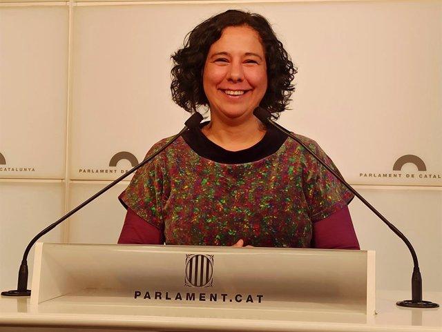 Susanna Segovia (comuns) en roda de premsa