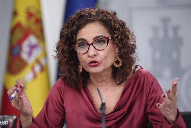 La ministra Portaveu i d'Hisenda, María Jesús Montero, compareix en roda de premsa després del Consell de Ministres en Moncloa, a Madrid (Espanya), a 18 de febrer de 2020.