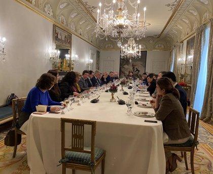 Venezuela.- El embajador venezolano Mario Isea, invitado al almuerzo de González Laya con diplomáticos iberoamericanos