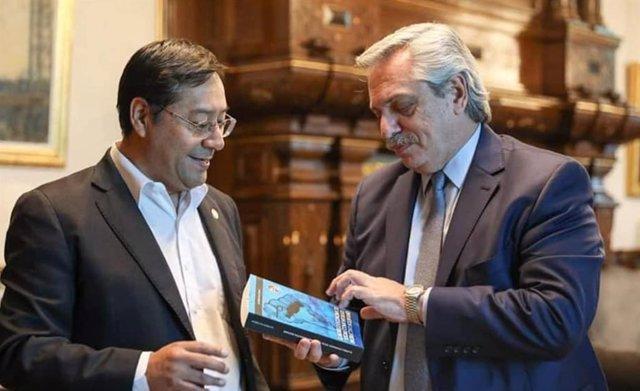 El candidato del MAS al Gobierno de Bolivia, Luis Arce, y el presidente de Argentina, Alberto Fernández.