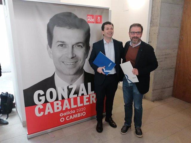 El secretario xeral del PSdeG, Gonzalo Caballero, y el alcalde de Ferrol, Ángel Mato, en la ciudad departamental