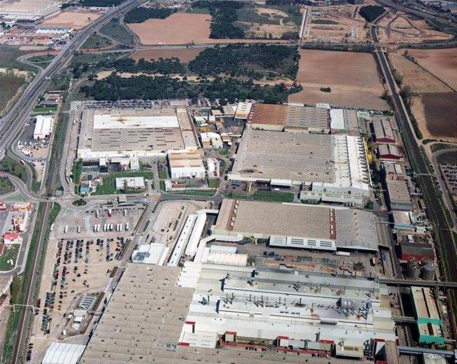 Imagen Aérea De Las Factorías De Renault En Valladolid. Foto archivo.
