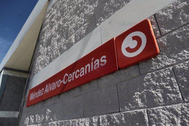 Exterior de la estación de Cercanias de Méndez-Álvaro en Madrid.