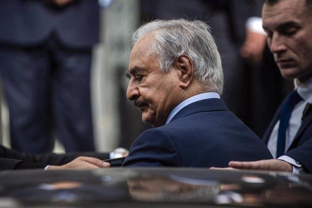 El líder del Ejército Nacional Libio, Jalifa Haftar
