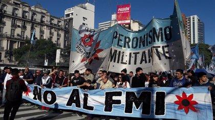 """Argentina.- El FMI defiende una reestructuración de la deuda argentina, pues la actual """"no es políticamente factible"""""""