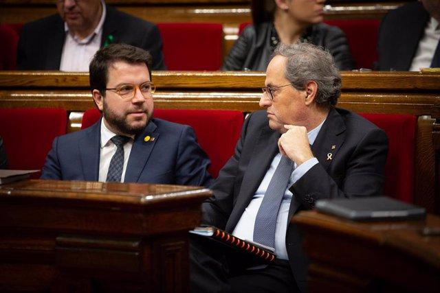 El vicepresidente y el presidente de la Generalitat: Pere Aragonès y Quim Torra (archivo)