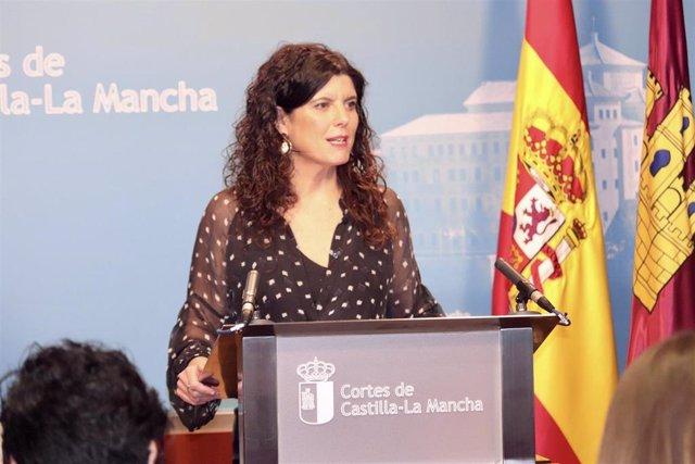 La diputada del PSOE en las Cortes de C-LM Josefina Navarrete en rueda de prensa