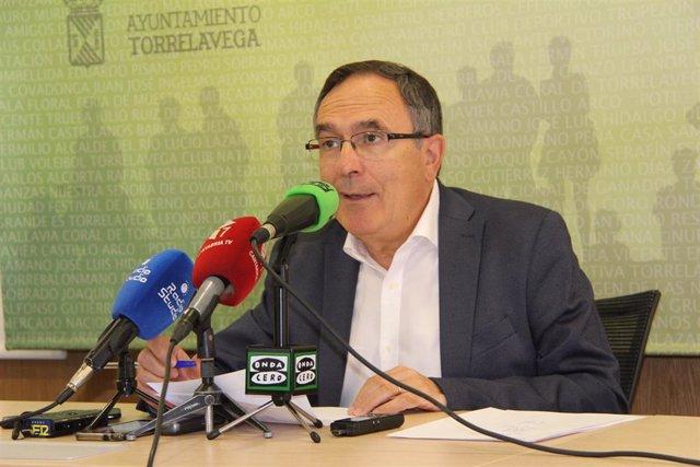 El concejal de Obras de Torrelavega, José Manuel Cruz Viadero