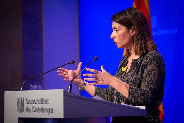 La consellera de la Presidència i portaveu del Govern, Meritxell Budó, ofereix una roda de premsa posterior al Consell Executiu al Palau de la Generalitat, Barcelona (Espanya), 18 de febrer del 2020.