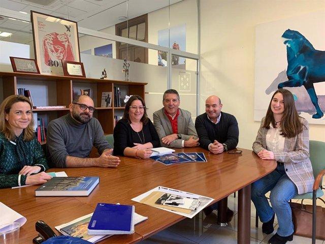 Reunión de representantes de la Diputación y de la UJI