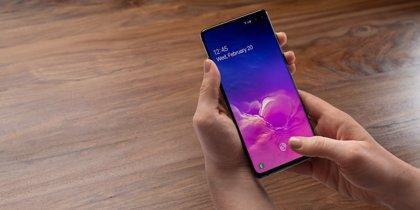 Portaltic.-Samsung envía por error una notificación con un '1' a sus móviles Galaxy mientras probaba sus servidores