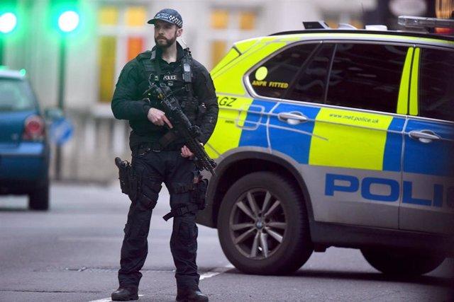 Un policía en Londres