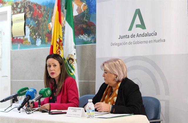 La delegada de la Junta en Huelva, Bella Verano, junto a la delegada de Salud en Huelva, Manuela Caro