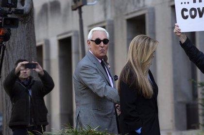 El exasesor de Trump Roger Stone es condenado a más de tres años de cárcel por mentir al Congreso de EEUU