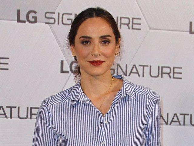 Tamara Falcó protagoniza y firma su primera exposición fotográfica junto a LG Signature
