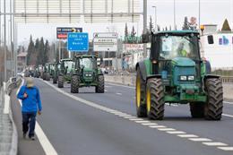 Economía/Agricultura.- Más de 700 tractores saldrán este viernes a las carretera