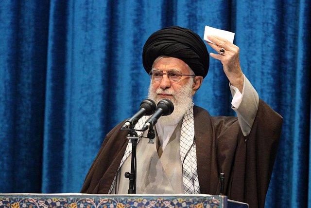El líder supremo iraní, Alí Jamenei