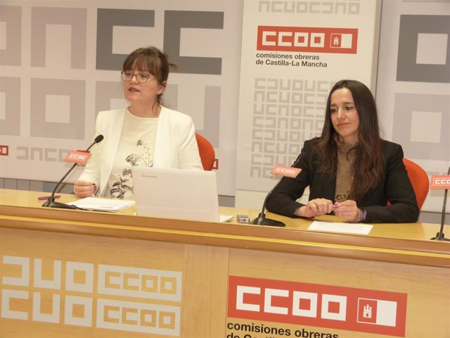 La secretaria regional de Empleo y Políticas Sociales de CCOO, María Ángeles Castellanos, y la secretaria regional de Mujeres e Igualdad del sindicato, Rosario Martínez.
