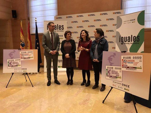 Presentación de los cupones del 22 de febrero y 8 de marzo de la ONCE.