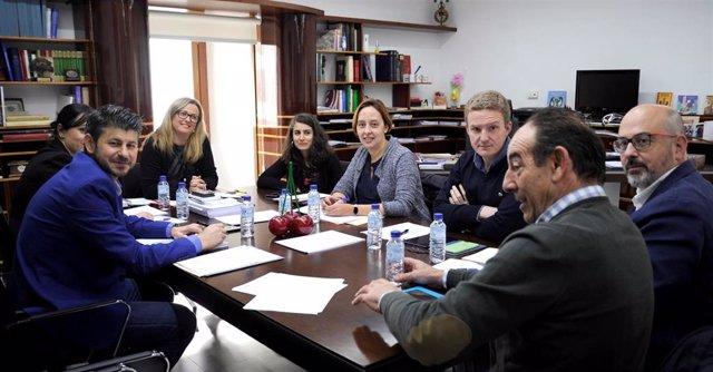 Reunión del intergrupo parlamentario para el estudio de la despoblación en la Asamblea de Extremadura