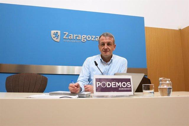 El portavoz del grupo municipal de Podemos, Fernando Rivarés.