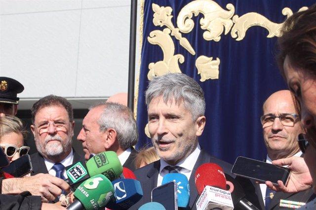 Marlaska atén la premsa a Jerez després d'inaugurar la Comissaria.