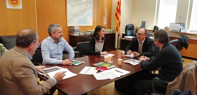 Caprabo es reuneix amb la Conselleria d'Agricultura per analitzar el sector agroalimentari.