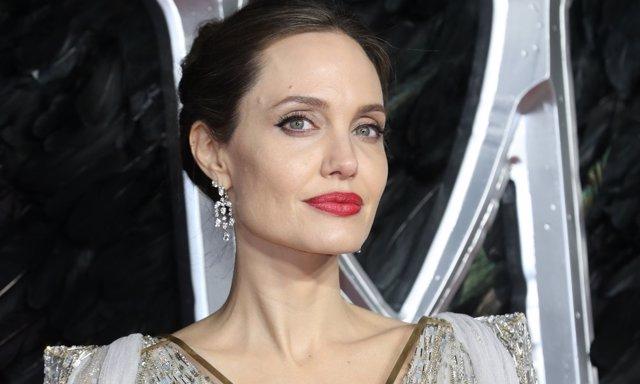 Angelina Jolie en la presentación de Maléfica: Maestra del Mal