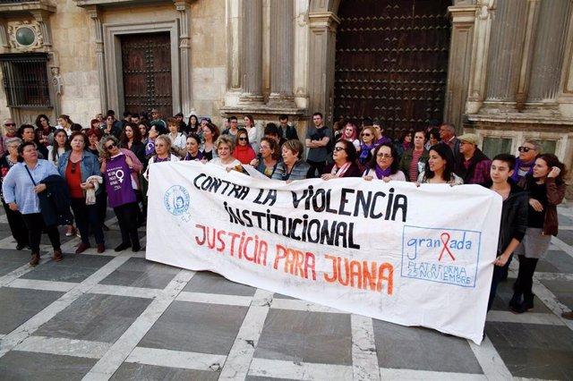 Concentración contra la violencia machista en apoyo a Juana Rivas