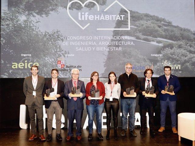 Foto de los premiados en la gala de LIFE HÁBITAT