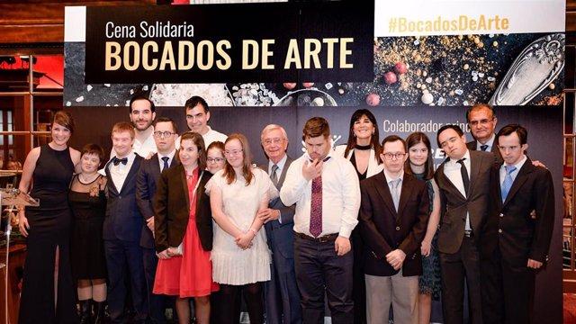 El Teatro Real ha acogido la cena 'Bocados de Arte' que ha reunido a doce artistas con discapacidad y a los cocineros Mario Sandoval, Paco Roncero, Ramón Freixa y Martín Berasategui