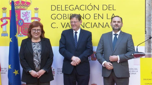 Gloria Calero, Ximo Puig y José Luis Ábalos