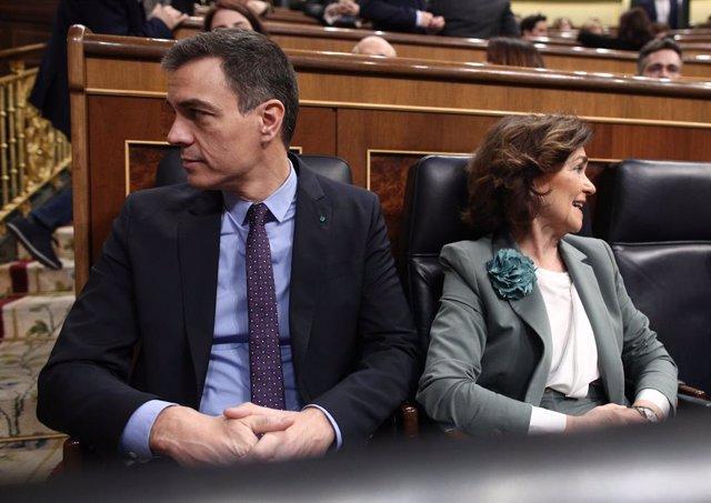 El president del Govern, Pedro Sánchez i la Vicepresidenta Carmen Calvo