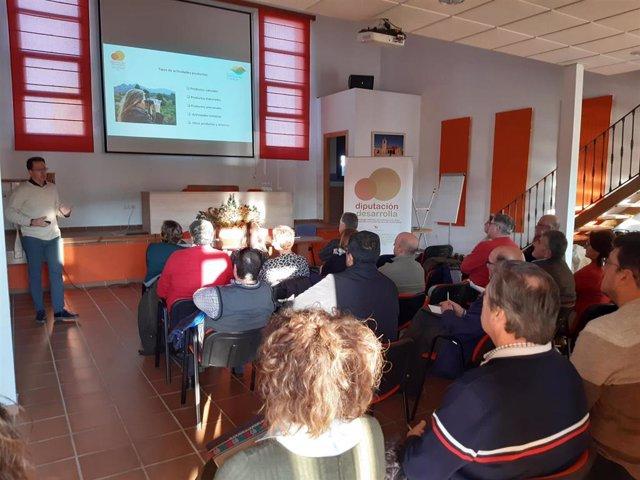 Reunión para preparar el manual de la marca Sierra de Montánchez-Tamuja