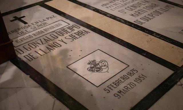 Imágenes de recurso de la tumba del general franquista Queipo de Llano y Sierra en la Basílica de la Macarena.