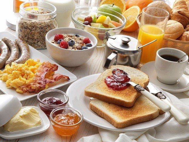 Desayuno abundante.