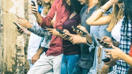 Trucos para dejar de mirar el móvil tan a menudo, es peligroso para tu salud