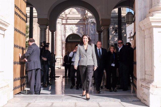 La presidenta del Parlamento de Andalucía, Marta Bosquet, este sábado en el Parlamento andaluz