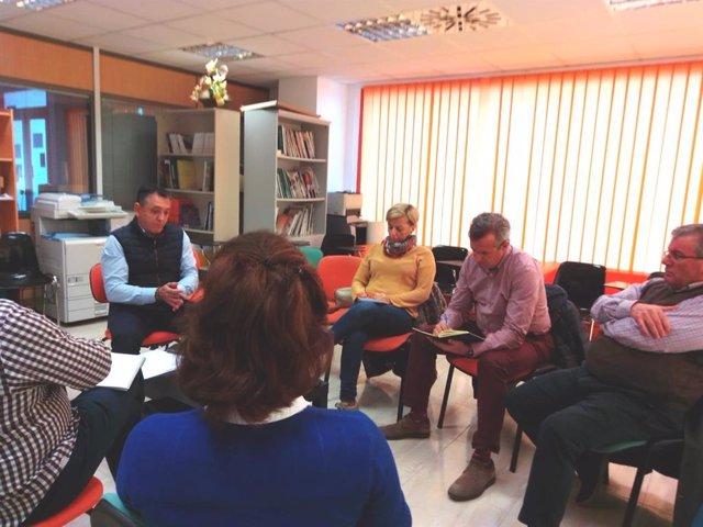 Los diputados nacionales del PSOE de Almería Sonia Ferrer Tesoro e Indalecio Gutiérrez Salinas han mantenido una reunión con Asaja, UPA, COAG, Eochal y Coexphal