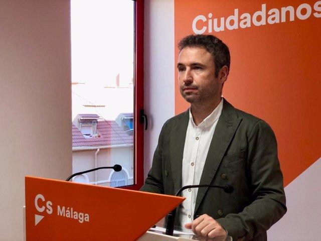 El diputado andaluz de Cs en el Congreso Guillermo Díaz en rueda de prensa.