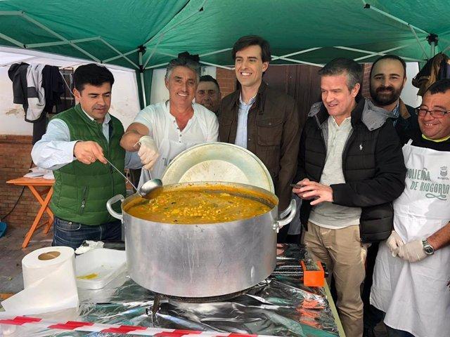 El diputado nacional por el Partido Popular de Málaga Pablo Montesinos en la Fiesta de la Molienda de Riogordo.