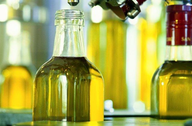 Las exportaciones de aceite de oliva envasado a Estados Unidos caen más de un 60% por los aranceles